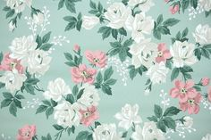 1940's Vintage Wallpaper - Floral Wallpaper with Large White Roses and Pink Flowers on Green