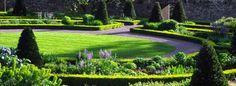 Google Image Result for http://www.aberglasney.org/images/headers/image_walled_garden.jpg
