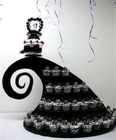 Are you looking for nightmare before Christmas baby shower cake ideas? Get you inspired from these lovely nightmare before Christmas baby shower cakes! Cupcake Stand Wedding, Wedding Cupcakes, Cupcake Stands, Cupcake Display, Fall Wedding, Our Wedding, Dream Wedding, Wedding Black, Wedding Stuff