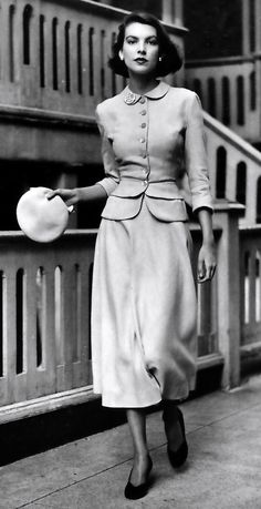 1948 - classic elegance never goes out of style!