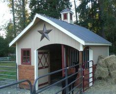 1 stall barn with tack room and shade