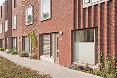Met een mooi design en uiterlijk van de huizen maak je het buurt nog mooier dan dat het is. -Seyyid