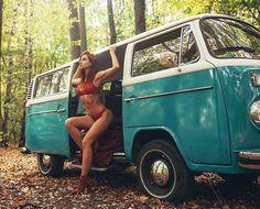 Let's ride ⚡⚡ - Bus Girls - Volkswagen Bus, Vw T2 Camper, Vw T1, Volkswagen Beetles, Volkswagen Transporter, Vw Bugs, Mini Cooper S Jcw, Biker Chick Outfit, Combi T1