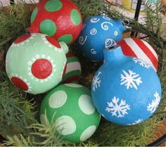 Use colorful paper mache to create homemade Christmas ornaments from plain ball Christmas ornaments. Paint on bright polka dots, swirls, and snowflakes to your Paper Mache Ball Ornaments to customize them to match your Christmas decor.