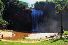 Fim de semana de yoga na Cachoeira Grande de Lagoinha