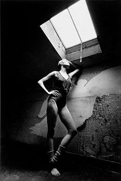 Carolyn Carlson - Paris-1974 © Copyright Jeanloup Sieff