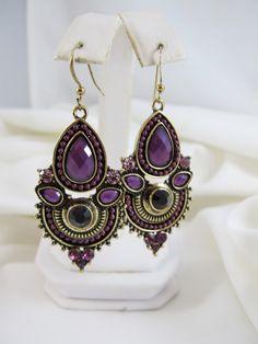Boutique Style Earrings - Purples FS462