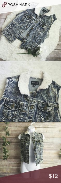 """NWOT New Look Acid Wash Denim Vest Size S Bust """"32 Length """"20 98% cotton, 2% spandex  . · ALL ITEMS are in great condition, NWT, or NWOT.  * Now accepting offers on bundles! New Look Jackets & Coats Vests"""
