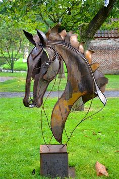 """Check out our internet site for more details on """"metal tree art projects"""". It is actually an excellent spot to read more. Metal Yard Art, Metal Tree Wall Art, Scrap Metal Art, Metal Artwork, Tree Artwork, Welded Metal Art, Welding Art Projects, Metal Art Projects, Metal Art Sculpture"""