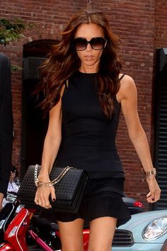 Victoria Beckham Long Curly Hairstyle