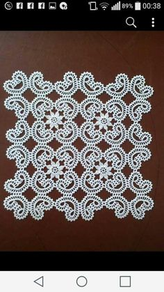 Best 12 Rust stone, decorated with four laps petals, in thin white cotton thread. To collect. Filet Crochet, Crochet Lace Edging, Crochet Diagram, Crochet Doilies, Crochet Flowers, Crochet Designs, Crochet Patterns, Irish Crochet Tutorial, Crochet Tablecloth