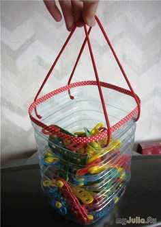 How to Recycle Plastic Bottles for Handmade Home Organizers and Small Storage Containers Reuse Plastic Bottles, Plastic Bottle Crafts, Recycled Bottles, Handmade Home, Diy Projects To Try, Craft Projects, Recycled Crafts, Diy Crafts, Clothespin Bag
