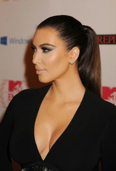 side view of Kim's makeup