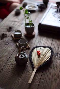 一席茶,一池荷,熏香遲暮,花饌青燈。每個人心中的雅致生活。