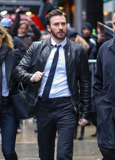 chris evans on gma photos  | Chris Evans appears on 'Good Morning America', NYC 182952