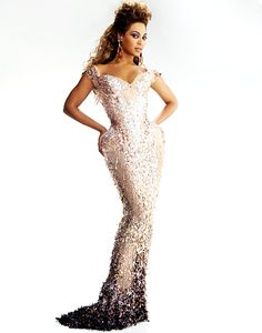 Beyonce in Mugler - perfect match! Gorgeous #fashion #glamour I Would have so worn this for my Matric Ball!