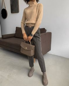 work-appropriate holiday party looks even your boss will love 1 Stylish Work Outfits, Classy Outfits, Chic Outfits, Woman Outfits, Office Fashion, Work Fashion, Fashion Looks, Style Fashion, Fashion Beauty