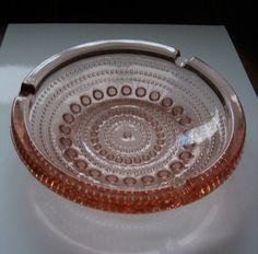 Kastehelmi dewdrop rose/pink ashtray by Oiva Toikka