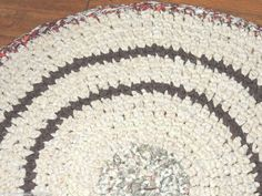 "Hand Made Crochet Rag Rug ~NEW 32"" CREAMY LATTE & CINNAMON ~ FALL COUNTRY CHIC"