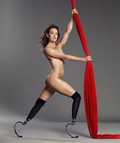 Michael Phelps & Amy Purdy Get Naked For ESPN Magazine Body Issue Professional athletes are constantly working to keep themselv. Amy, Jamie Anderson, Surf, Prosthetic Leg, Body Issues, Michael Phelps, Poses, Dancing With The Stars, Espn