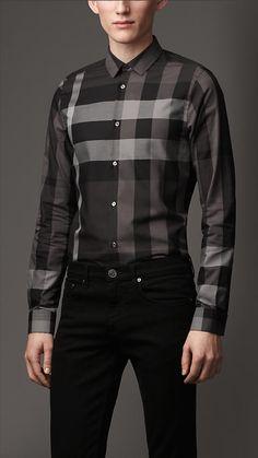 b5dda168287f Chemise de coupe étroite en coton check   Burberry Vêtements Homme, Chemise,  Prêt À