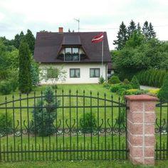 Gates And Railings, Deck, House Styles, Outdoor Decor, Home Decor, Decoration Home, Room Decor, Front Porches, Home Interior Design