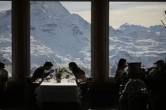 Our Favourite Mountain Restaurants in the Alps - Read more at http://momentumski.com/favourite-mountain-restaurants-alps/