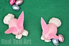 Easter Bunny Craft: Little Bunny Egg Decorations. Love starting to get ready for Spring and Easter!