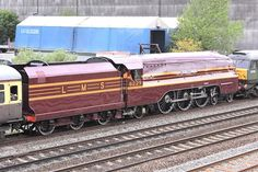 6229 duchess of hamilton being pulled by a class47