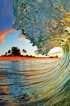 Sandy's Beach, Oahu at sunrise, Hawaii - Beaches Vacation  in Hawaii, Honeymoon to Hawaii