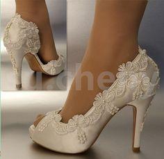 bridal shoes with lace #bridalshoes