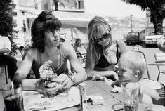 Keith Richards Anita Pallenberg and son Marlon in France