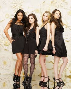 I am not embaressed to admit that i love Pretty Little Liars