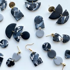 Diy Earrings, Polymer Clay Earrings, Statement Earrings, Earrings Handmade, Handmade Jewelry, Polymer Clay Crafts, Handmade Polymer Clay, Black And White Earrings, Metal Clay Jewelry