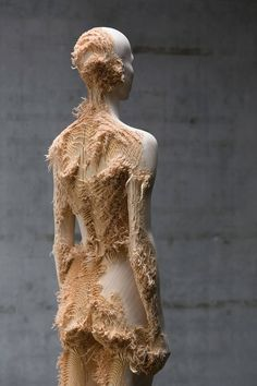 Through the unique interweaving of two culturally distinct approaches towards sculpture and installation, Korean artist Shan Hur and Italian artist Aron Demetz present their new works at Gazelli Art House in London. Organic Sculpture, Wood Sculpture, Art Sculptures, Arte Obscura, Italian Artist, Arte Floral, How To Distress Wood, Oeuvre D'art, Costume Design