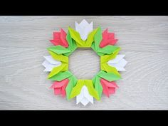 Origami for Everyone – From Beginner to Advanced – DIY Fan Diy Origami, Tulip Origami, Origami Wreath, Origami Simple, Cute Origami, Origami Decoration, Money Origami, Origami Ball, Origami Fish