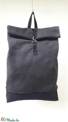11cea11c320f Fekete viaszolt vászon és fekete bőr hátizsák plusz zsebbel (rdobonyi