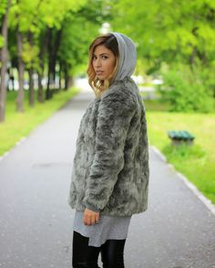 Fashion Babe channeling inner #kanyewest: Dunja wearing #riverisland leather pants, #hm shirt and faux fur