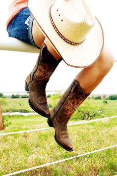 Tips for Wearing Boots with Shorts
