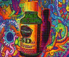 Mark McCloud es un norteamericano que ha pasado sus días coleccionando papeles de LSD por sus aportaciones y experimentaciones al mundo del diseño