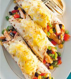 Mexicaanse wraps met kip uit de oven Healthy Comfort Food, Healthy Meals For Kids, Healthy Recipes, Food To Go, Love Food, Mexican Wraps, Pita Wrap, Meals Kids Love, Tapas