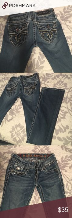 Rock Revival jeans Normal wear & tear , they just happened to be a little too small for me :( SIZE 25/34 Rock Revival Jeans Boot Cut