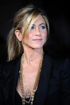 Resultados da Pesquisa de imagens do Google para http://1.bp.blogspot.com/-bchjtfJ7BSY/TiErRiFLJmI/AAAAAAAAEfY/LYc6o5abxIg/s1600/jennifer-aniston-hair-fashion-trends-for-women-1.JPG