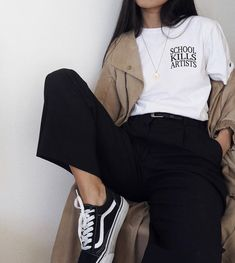 casual korean fashion that look stunning. Korean Outfits, Mode Outfits, Casual Outfits, Fashion Outfits, Womens Fashion, Fashion Ideas, Grunge Outfits, Black Outfit Grunge, Cool Girl Outfits