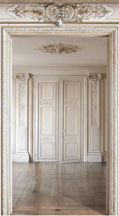 Haussmann beige wood panel by koziel trompe l 39 oeil printed velvet trompe l 39 oeil pinterest - Trompe loeil hoofd bed ...