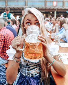 Abs are cool and all but. have you tried an Oktoberfest beer?😻🍺  It's officially up, my Oktoberfest Survival Guide! I partnered up with… German Women, German Girls, German Beer Festival, Beer Maid, German Oktoberfest, October Festival, Beer Pictures, Beer Girl, Alcohol Humor