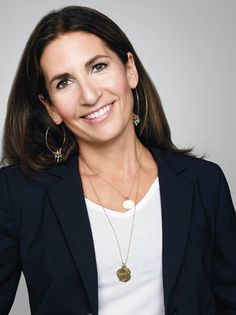 StyleNest talks to beauty legend Bobbi Brown. Bobbi Brown is one of the world's most iconic makeup artists, beauty brands and business women. Bobbi Brown, Beauty Secrets, Beauty Hacks, Beauty Tips, Beauty Products, Beauty Ideas, True Beauty, Fun To Be One, Make Up