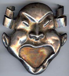 HUGE VINTAGE MEXICO STERLING SILVER CRAZY WEIRD DIMENSIONAL MASK FACE PIN