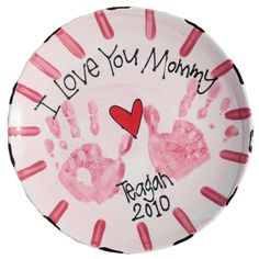 Make It Monday - Easy Mother's Day Handprint Plate Tutorial