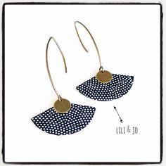 Collection japonaise : boucles d'oreille éventail noires à